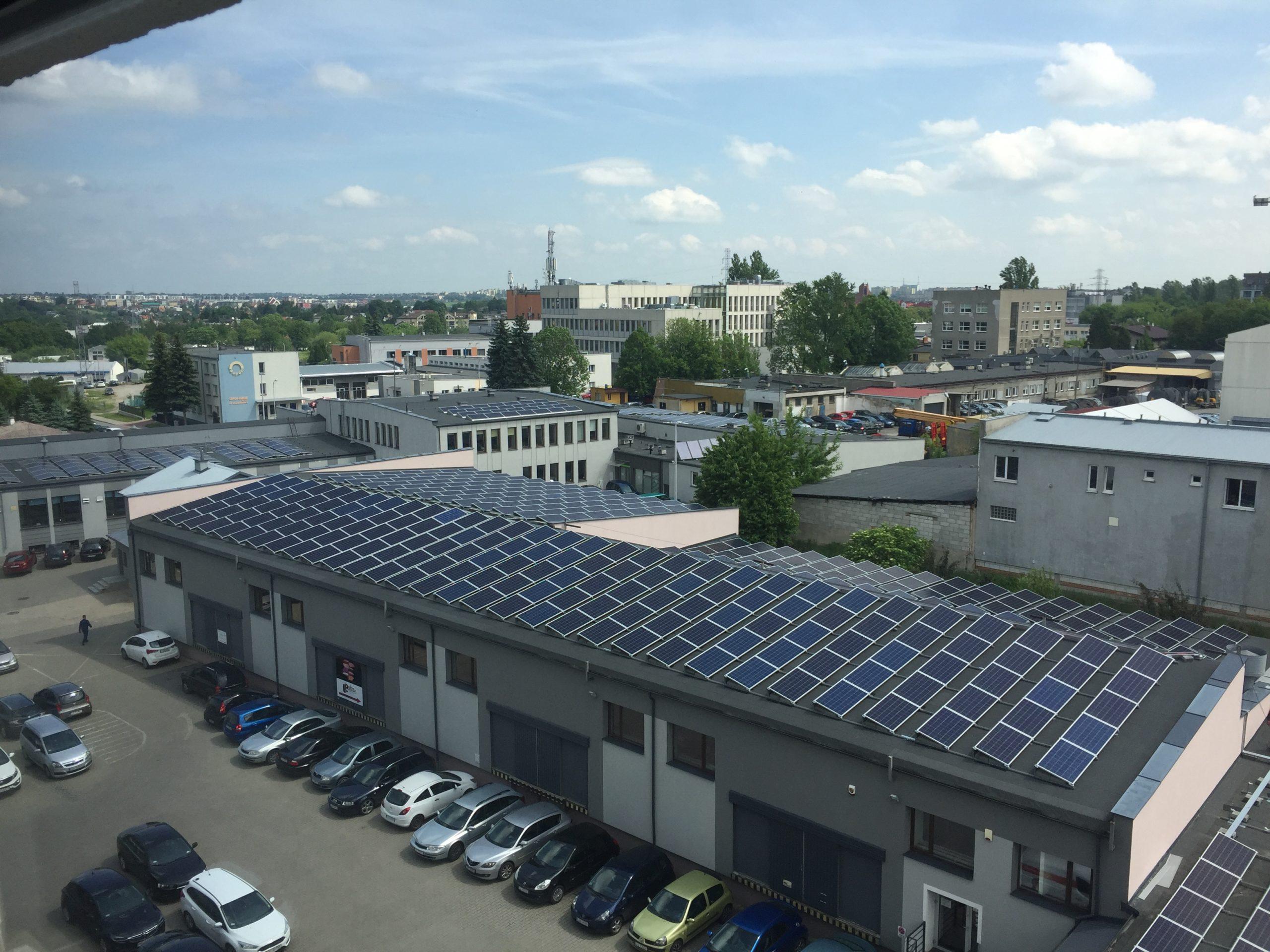 Wojciechowska 9A, Skromna3 - widok na instalacje 160 kWp +80 kWp
